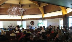 Unitarian Universalist Congregation audience